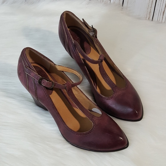 c529b451c3a8 Frye Shoes - Frye Betty T-strap Heels size 9.5